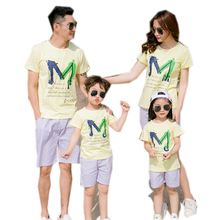free shipping 2017 Summer Family Cotton yellow T-shirts pants Look Mother Father girl boy Matching Clothing Children sets