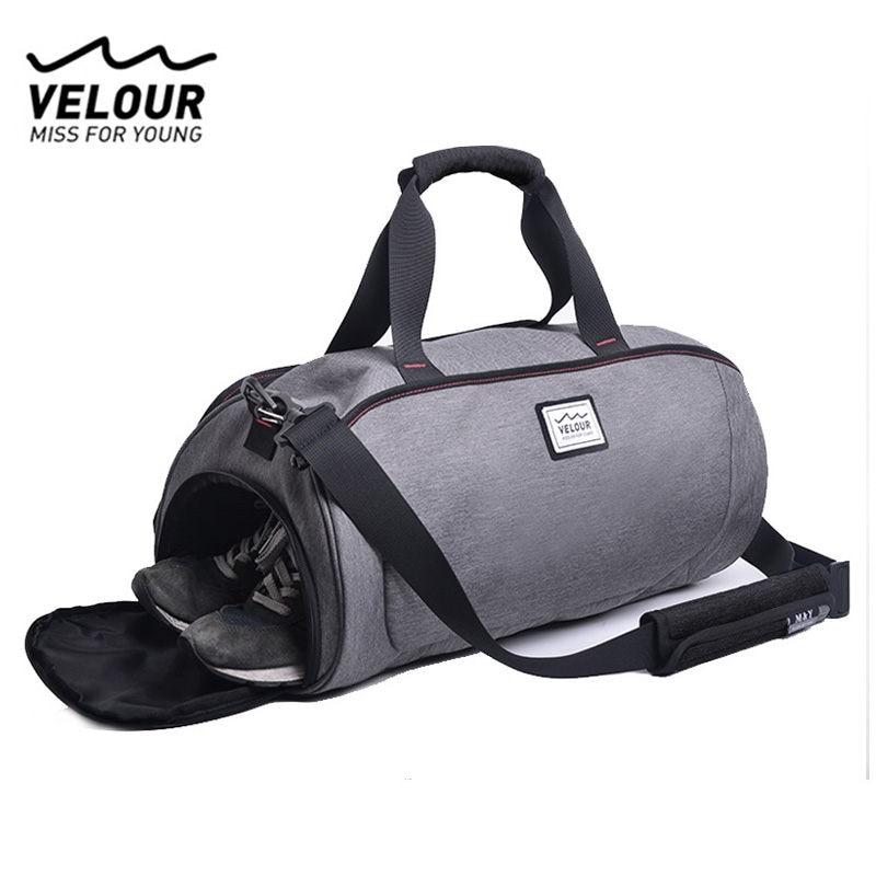 цена Waterproof Shoulder Sport Gym Bag for Shoes Storage Women Fitness Yoga Training Bag Men's Gymnastic Handbag Crossbody Bag X584YL онлайн в 2017 году