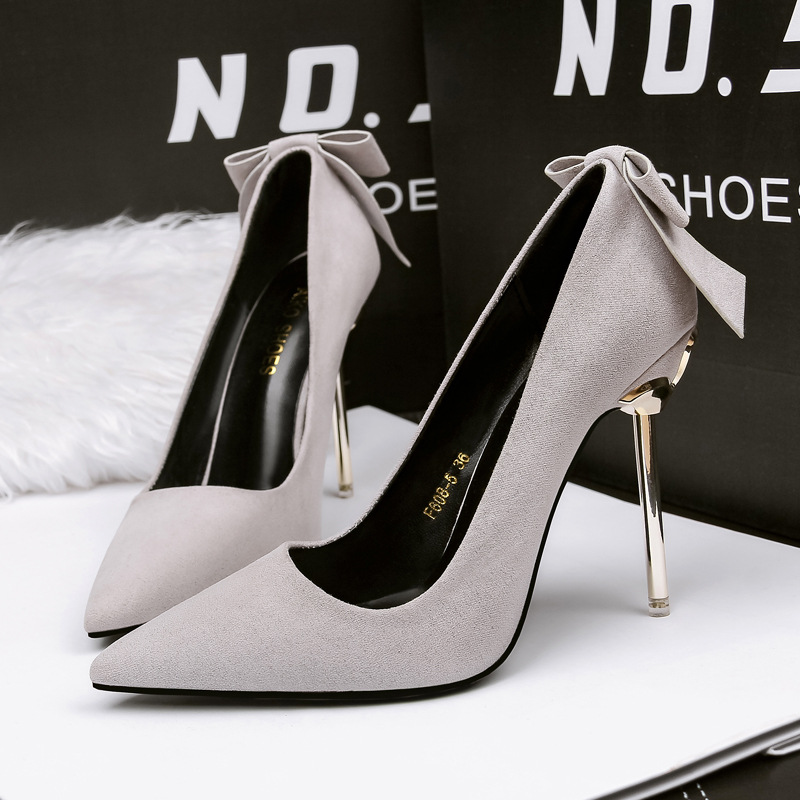European high quality flock casual women pumps slip on party high heels Rome sexy ladies summer shoes women sexy ladies shoes newest flock blade heels shoes 2018 pointed toe slip on women platform pumps sexy metal heels wedding party dress shoes