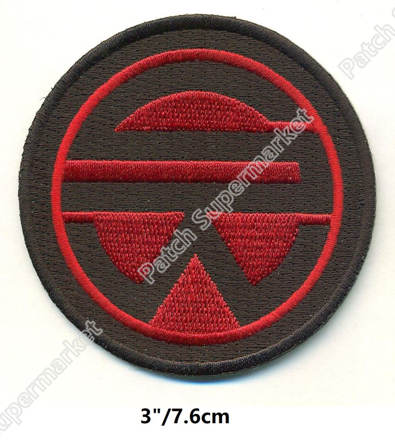 Deadpool Round Pink /& Black 7.5cm Embroidered Sew or Iron on Badge