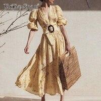 TWOTWINSTYLE весеннее повседневное женское платье с принтом, v-образный вырез, пышные рукава, высокая талия, миди платье, женская мода 2019, новая оде...