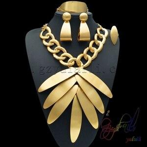 Image 1 - Yulaili بالجملة رخيصة موضة دبي الديكور مجموعات مجوهرات ارتفع الذهب اللون ورقة كبيرة شكل قلادة قلادة أقراط