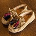 2017 de Invierno Forro de Felpa niños Mocasines Bebé Borla zapatos Casuales Resbalón En los Zapatos de Los Niños Calientes Enredaderas Infantiles