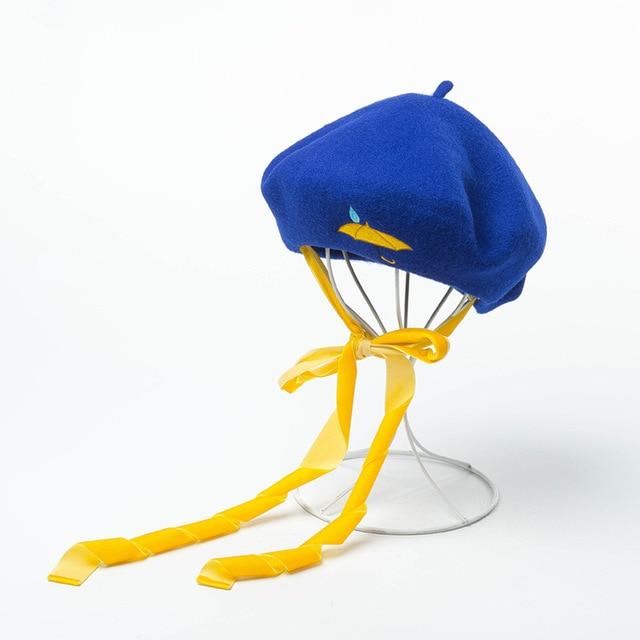 67084c427c Outono inverno nova bandagem bordado de lã pintor boina chapéu da forma das  senhoras quentes boinas Amarelo webbing