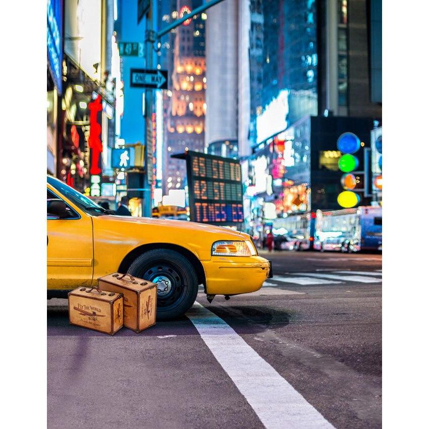 Картинки по запросу такси чемодан девушка