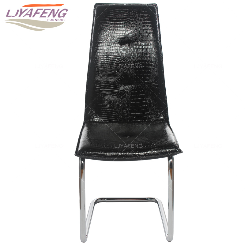 Simple kitchen dining chair dining chair dining chair adult family Penzion Plesnivec Hotel conference chair seat iron dining chair the lounge chair creative cafe chair