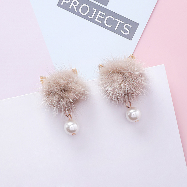 Fashion Lovely Cat Ear Fur Ball Earrings for Girls Women Pearl Pendant Statement Pom Pom Stud Earring Cute Gift Jewelry A6302