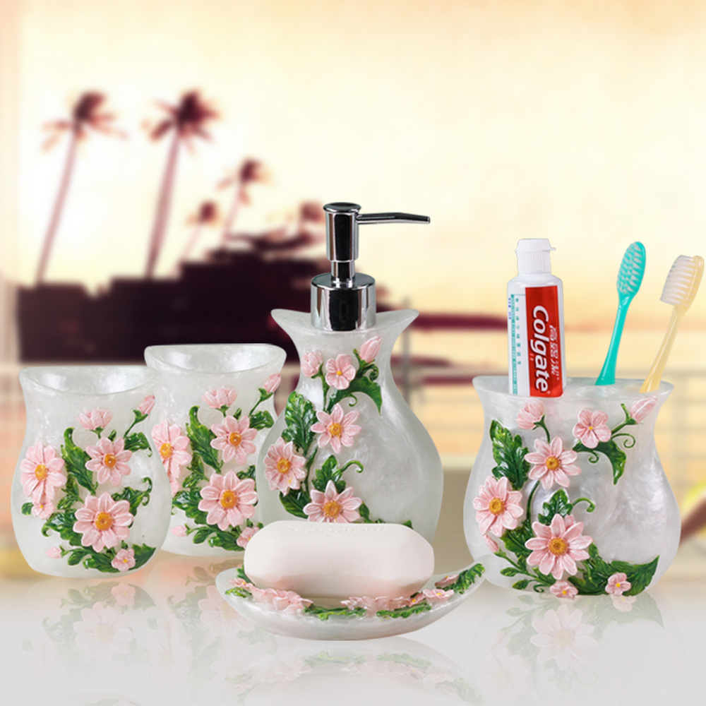 European-style bathroom wash five-piece suit bathroom supplies resin toothbrush cup four kit hotel mouth cup tooth lo831106 american ceramic bathroom mouth cup set wash cup brush tooth cup couple tooth cylinder soap dish bathroom five piece lo7281140