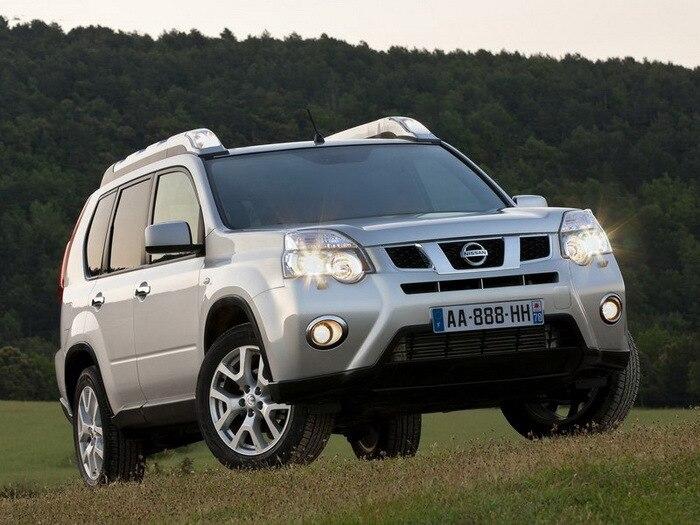 Nissan-X-Trail_2011