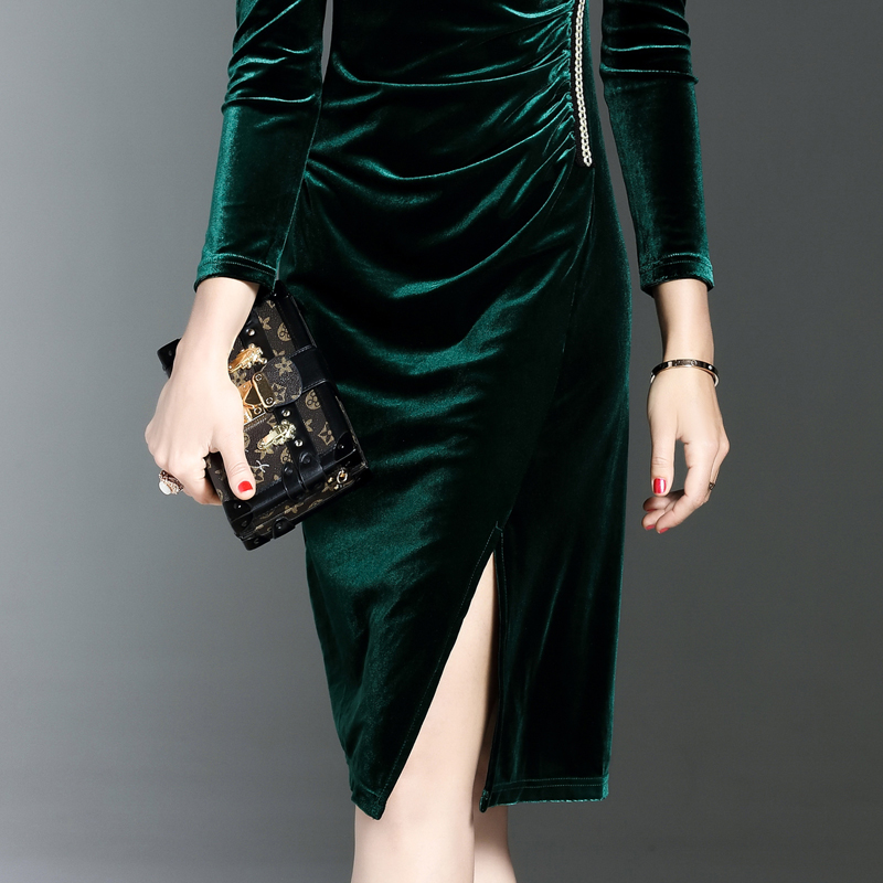 11871a018a9 2017 Plus Size Womens Velvet Dresses Spring Winter Dark Green Women Evening  Party Dress Elegant Slim Robe Femme Automne Hiver-in Dresses from Women s  ...