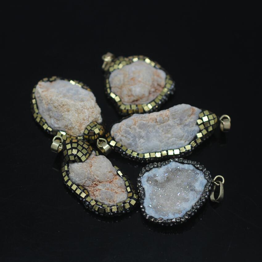 5PCS Rough Natural Druzy Ag ate Geode Nuggets Pendant,Plated Gold Foil Rhinestones Drusy Ag ate freeform Slab Pendant