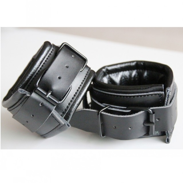 Black Top Grade Genuine Leather Handcuffs For Sex Game,Leather Bondage Restraints Hand Cuffs Adult Sex Slave Toys
