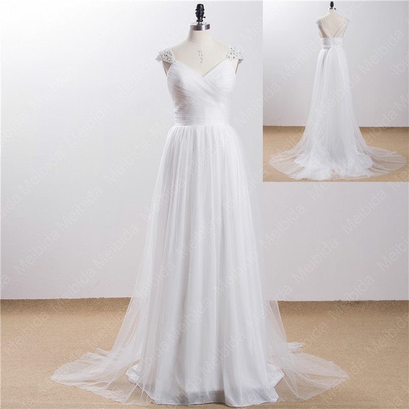 Simple white beach wedding dresses 2015 sexy v neck bridal for Simple white dresses for wedding