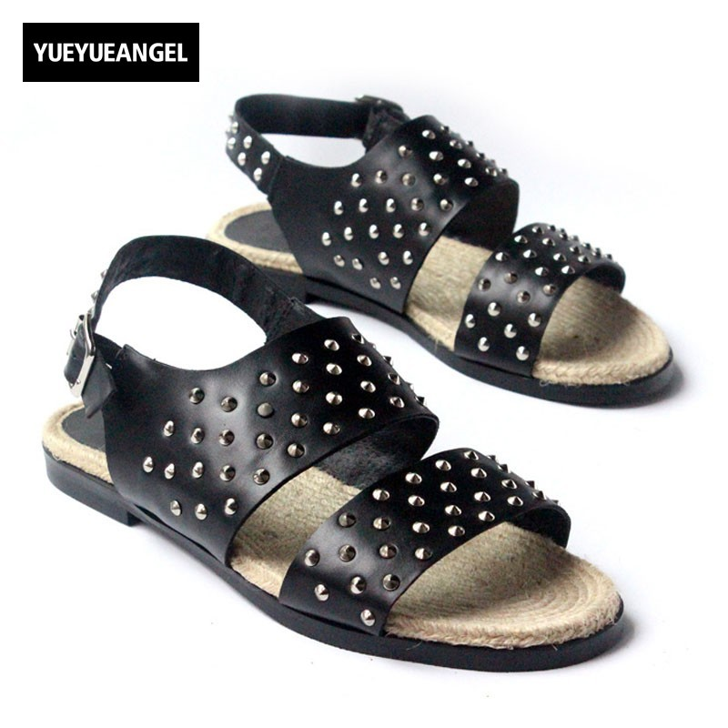 2018 New Fashion Mens Summer Plaited Slipper Rivet Punk Genuine Leather Casual Beach Sandals Buckle Male Flats Gladiator Shoes 2018 new ankle strap sandals for men casual beach holiday shoes male genuine leather fashion thick platform slipper footwear