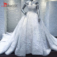 Luxury White 2017 New Arabic Dubai Puffy Lace Wedding Bridal Dresses Amazing Pearls High Quality Bridal