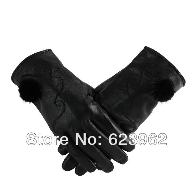 The new autumn and winter fashion leather gloves rabbit fur gloves female models