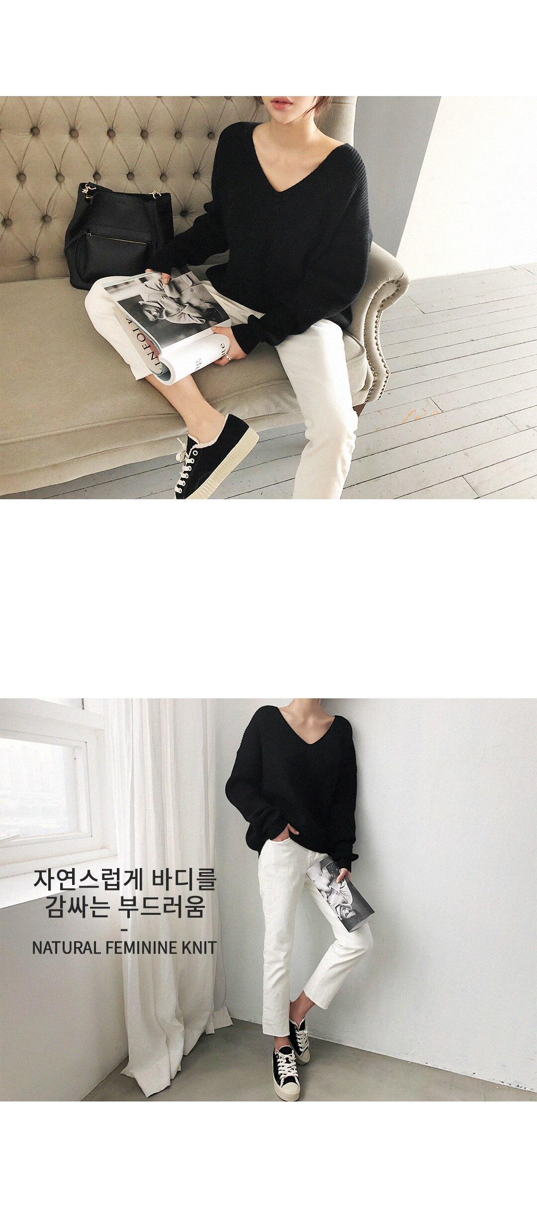 19 Winter Ovreiszed Sweater Women V Neck Black White Sweater Irregular Hen Knitted Tops 25