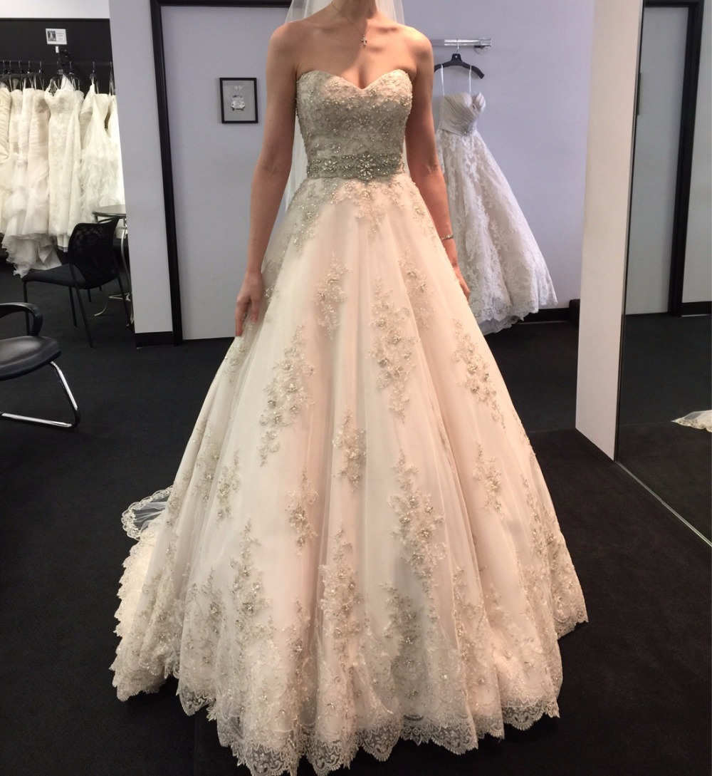 Wedding Gown With Lace: Elegant Vintage Lace Wedding Dresses Sweetheart Neckline