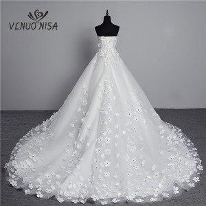 Image 2 - Luksusowy kryształ perły 3D kwiat 2020 koronka w stylu vintage suknia ślubna duży pociąg Plus rozmiar suknia szata de Mariee Vestido De Noiva