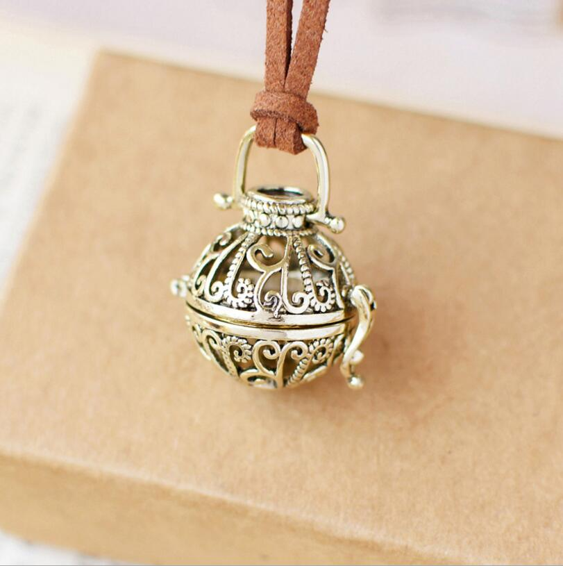 Multi-style Retro Charm Aromatherapy Pendant Spherical Locket for Aroma Essential Oil Aromatherapy Diffuser Necklace Jewelry locket