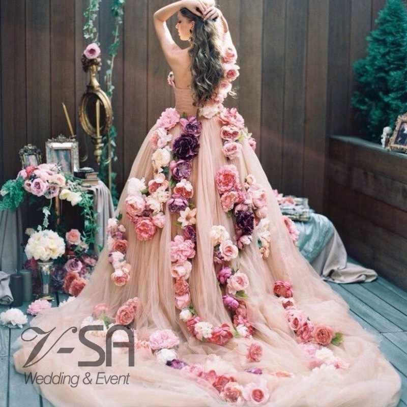 Gorgeous-Flower-Handmade-Bridal-Dresses-Romantic-Wedding-Dress-Sweetheart-Off-The-Shoulder-Colorful-Wedding-Gowns-Chapel_