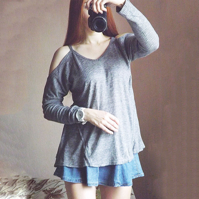 Elia-Cher Brand Off Shoulder Worsted Sweatshirt  With Long Sleeves