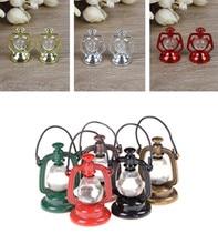 цена на 1 Pcs 1:6 1:12 Scale Retro Oil Lamp Dollhouse Miniature Furniture Toy Doll Food Kitchen Living Room Accessories