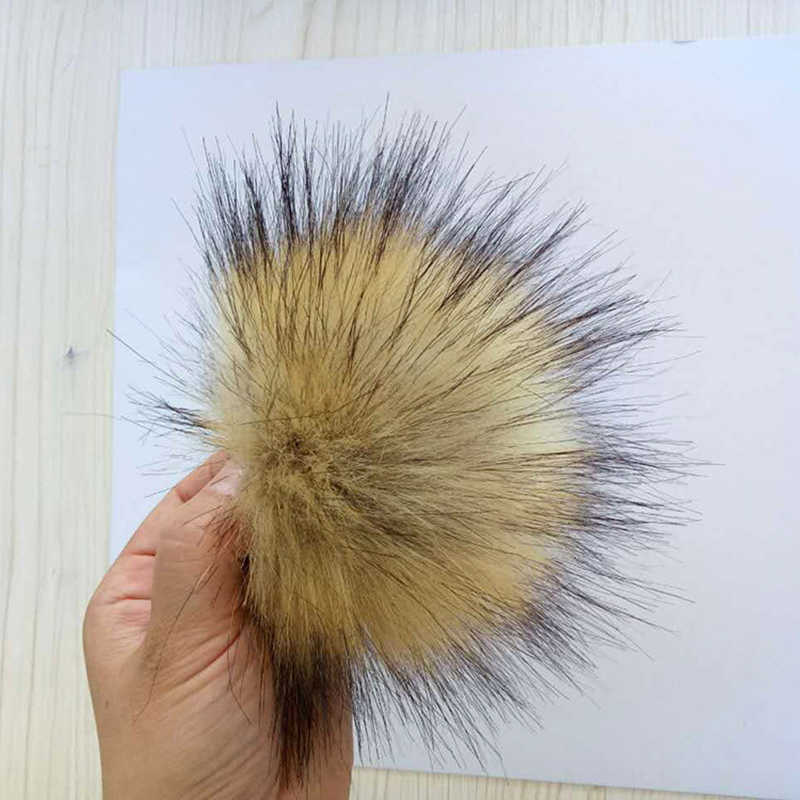 Factory Outlet 1 pcs Multicolor Falso Hairball Chapéu Pom Pom Bola Artesanal DIY Artificial Raposa Bola PomPom Atacado Com Fivela