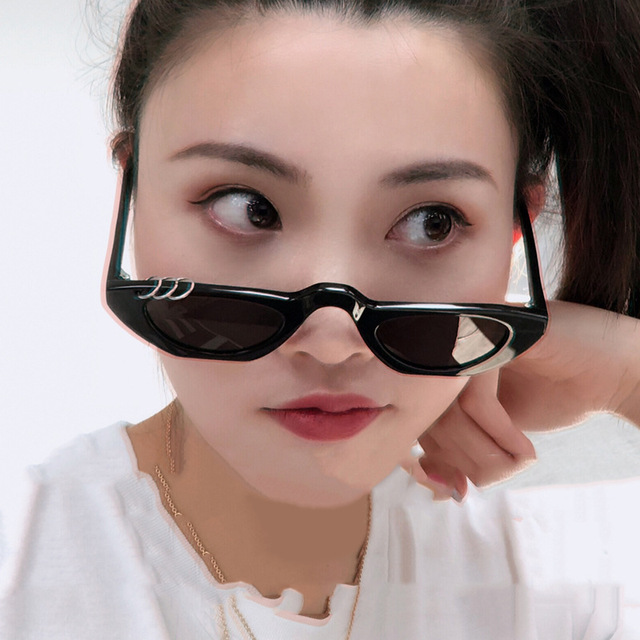 Vintage Small Cat Eye Sunglasses Women 2018 Luxury Brand Designer Cateyes Sun Glasses Retro Small Red ladies Sunglass