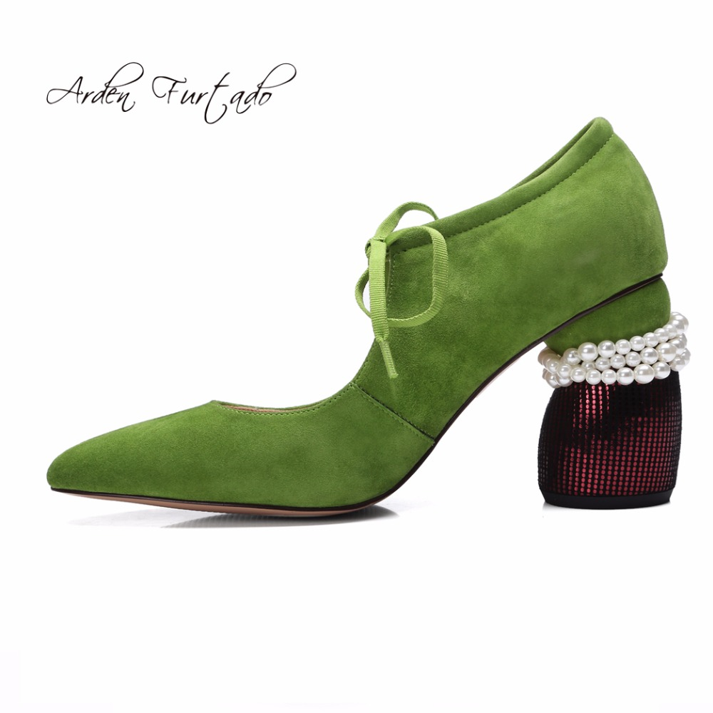 아덴 furtado 2019 새로운 스타일 봄 패션 신발 여자 레이스 하이힐 7 cm 갈색 녹색 펌프 진주 파티 신발 큰 크기 42-에서여성용 펌프부터 신발 의  그룹 1