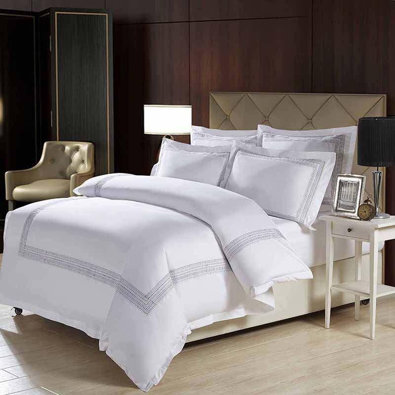 Ev ve Bahçe'ten Yatak Takımları'de Lüks % 100% pamuk Nakış ev yatak seti beyaz saten nevresim takımları oryantal vintage tarzı çarşaf yatak örtüsü'da  Grup 1