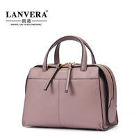 2017 new leather bag leather handbag in Guangzhou factory direct wholesale business on behalf of a micro