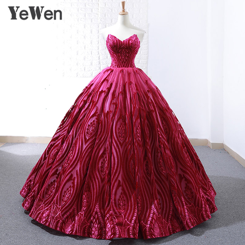 Lace Embroidery V Neck   Evening     Dress   2019 Long Sleeveless Sexy Red Bride Princess Elegant Prom   Dresses   Ball Gown