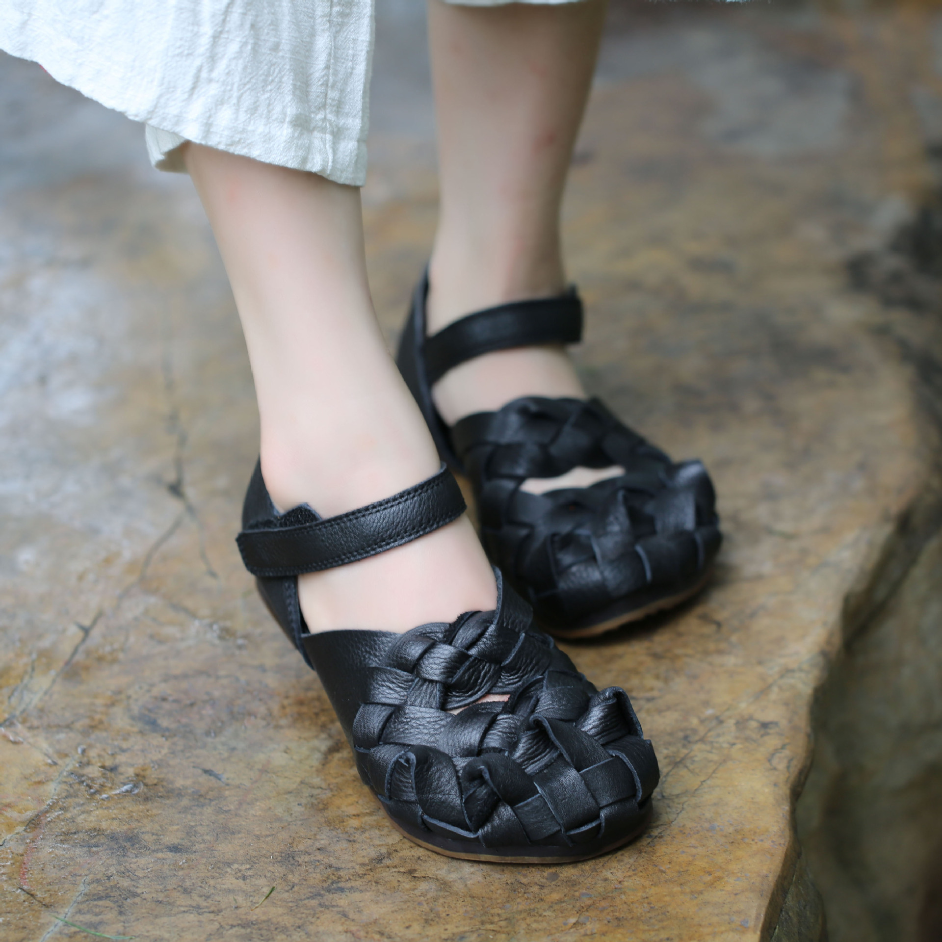 2019 frühjahr Neue Ankunft Frauen Leder Flache Schuhe Ankle Strap Handmade Weben Schuhe Abdeckung Zehen Vintage Damen Wohnungen-in Flache Damenschuhe aus Schuhe bei  Gruppe 1