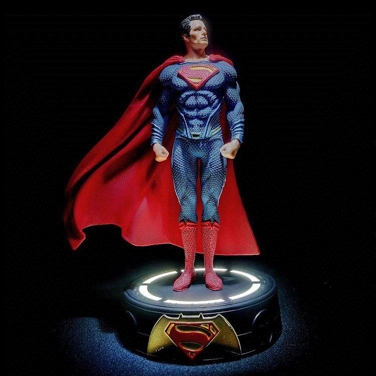 Justice League Action Figures Superman Figure LED Light Superman Action Figure Doll Toys for Chirldren 25cm