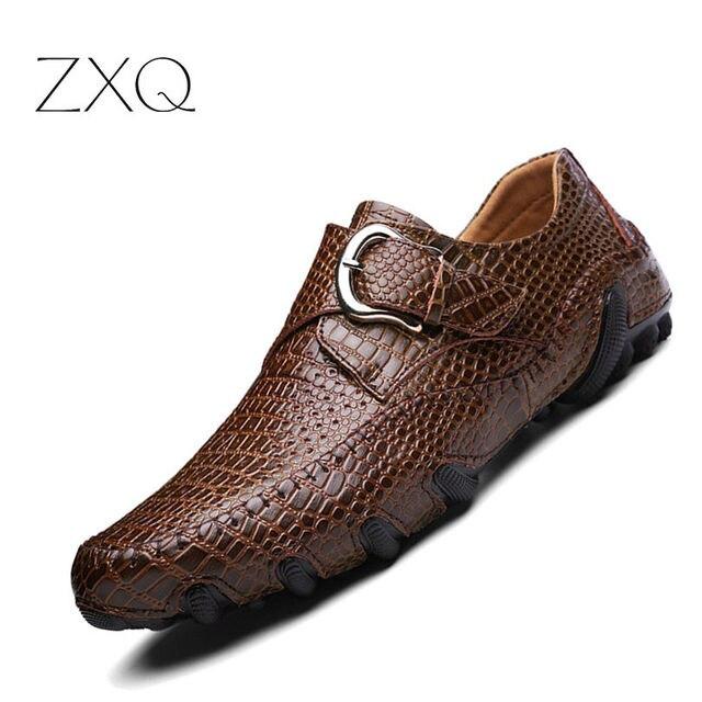 6bd9258144 Transporte da gota Dos Homens Sapatos de Verão Respirável sapatos Mocassins  Moda Sapatos de Fivela Conforto