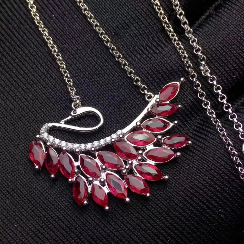 Natural Red Garnet Stone Pendant S925 Silver Natural Gemstone Pendant Necklace Trendy Elegant Bauhinia Flower Women Fine Jewelry Fine Jewelry