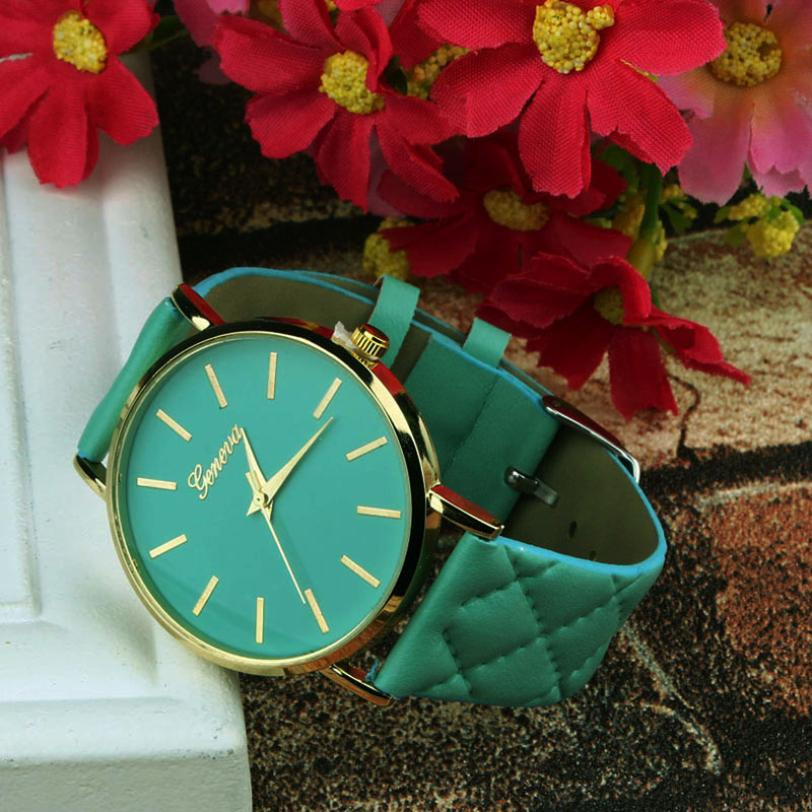 Checkers Faux Women Quartz Watch Green Dial
