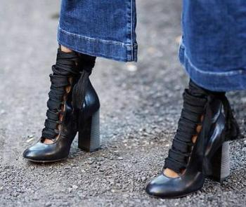 2018 New Fashion Smooth Leather Round Toe Women Lace Up Booties Chunky Heel Ladies Ankle Boots Plus Size 42 Knight Boots