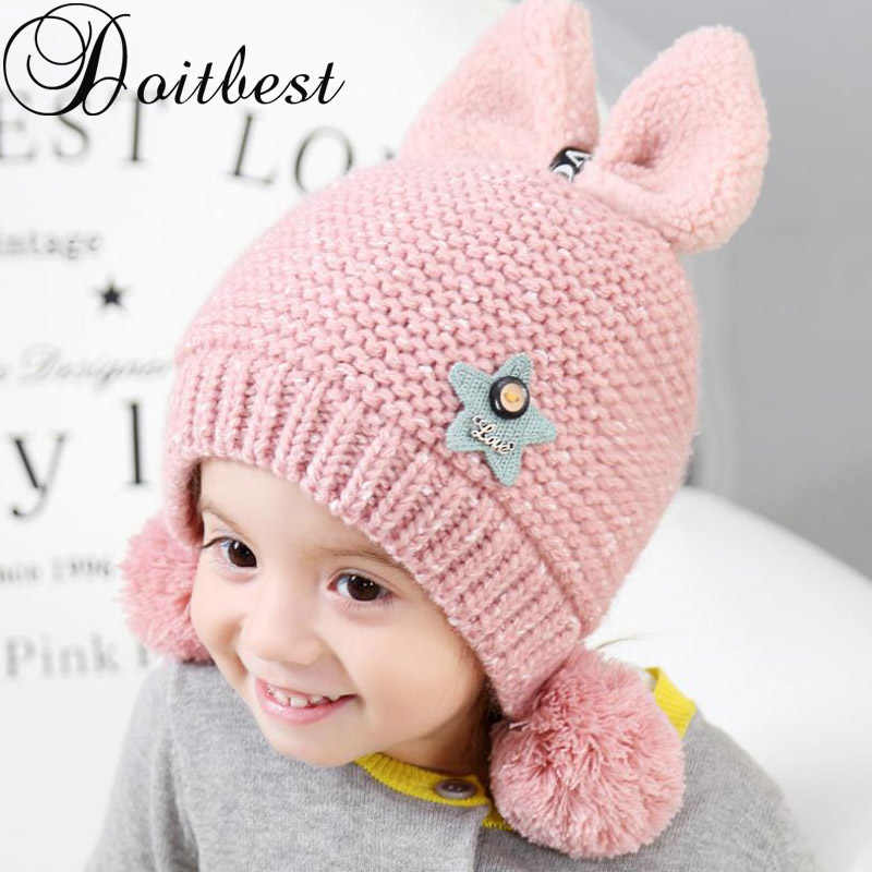Doitbest 2 a 6 años además de terciopelo boy gorros Bowknot hairball lana  invierno sombrero hecho 203dbd2d25d