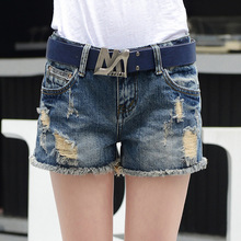The new 2016 summer women's holes jeans female nail Korean loose large yards of denim shorts women's hot shorts hot shorts 9912