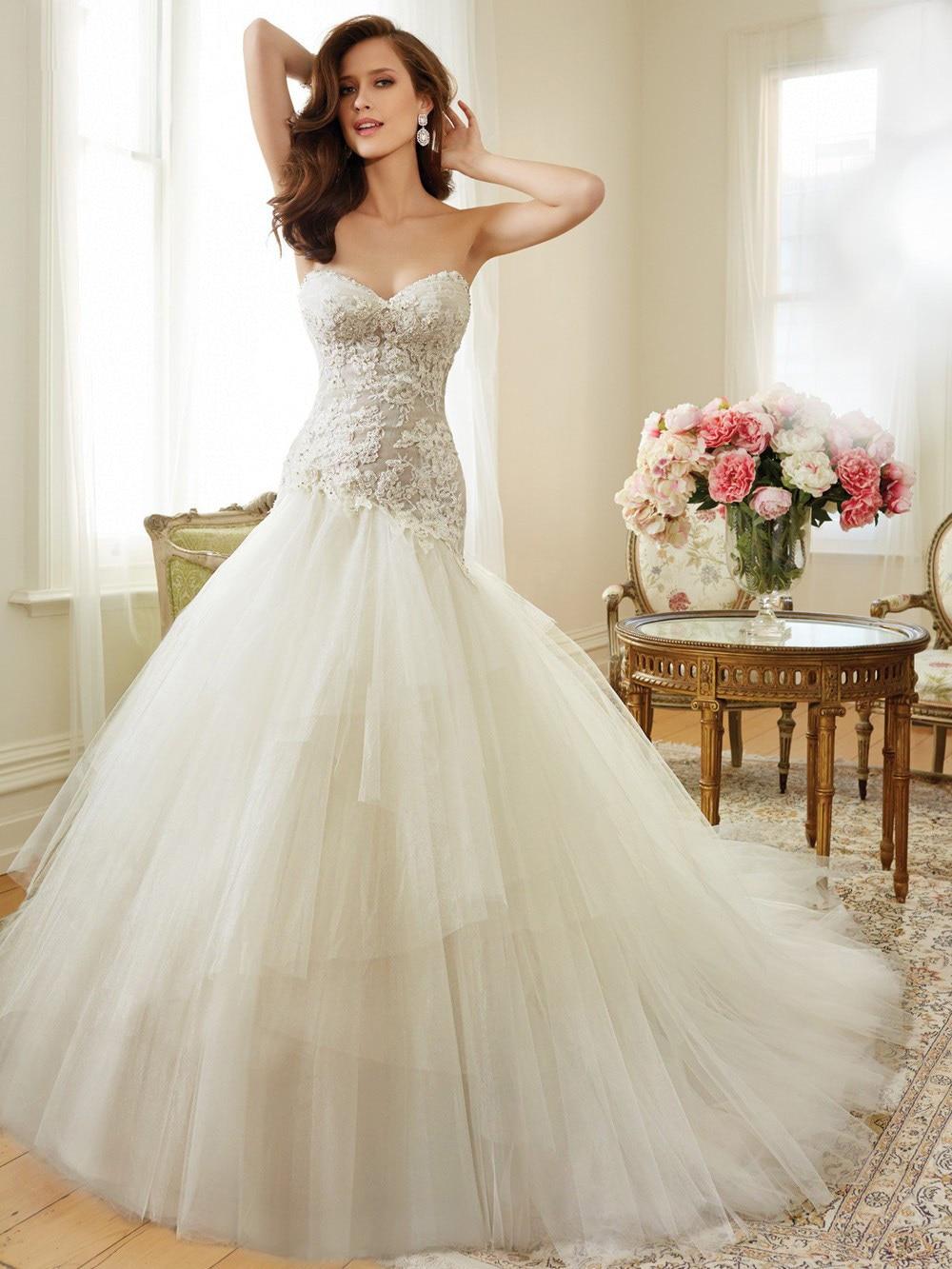 2015Mermaid Weddubg Dress With Detachable Stap Bottom Tulle Appliqued Mermaid Style Wedding Gown Sweetheart Neckline JM69 In Dresses From Weddings