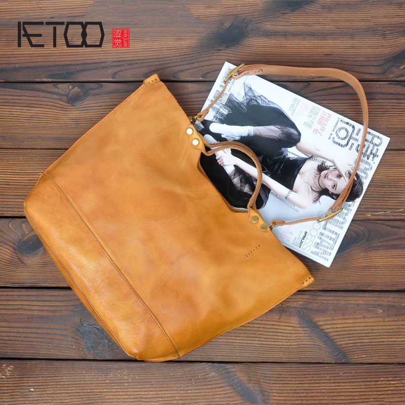 AETOO Original handmade first layer cowhide tanned leather retro old wrinkle ladies handbag soft leather shoulder bag aetoo spring and summer new leather handmade handmade first layer of planted tanned leather retro bag backpack bag