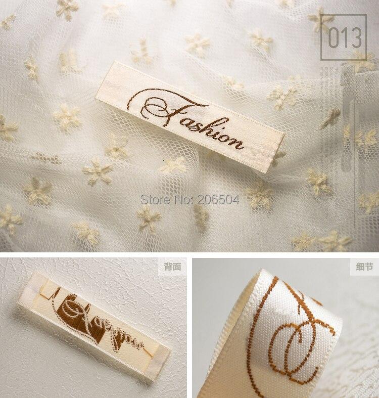 Top marque nom étiquettes pour vêtements, vêtements accessoires du vêtement personnalisé étiquettes, étiquette tissée, étiquettes étiquettes DHLB016 dans Etiquettes de vêtement de Maison & Jardin