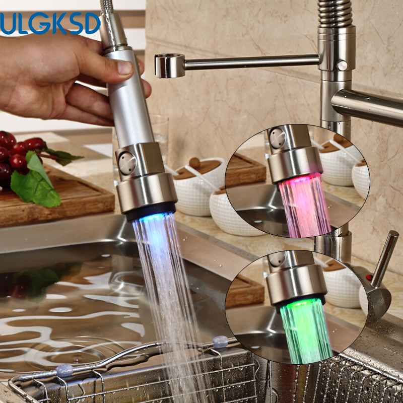 Ulgksd LED Brushed Kitchen Faucet  Pull Down Sprayer Flexible Hose Deck Mounted Sink Faucet Mixer Water Tap for Kitchen  tap