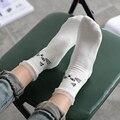 2016 Novo Japonês Harajuku Shibuya Preto de Algodão Gato Gatos Brancos Mulheres Longo Engraçado Meias calcetines