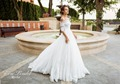 The Classic Half Sleeves Wedding Dress Corset with Feminine Crew Neck Full Skirt Air Incredibly Open Shoulders Bridal Dress