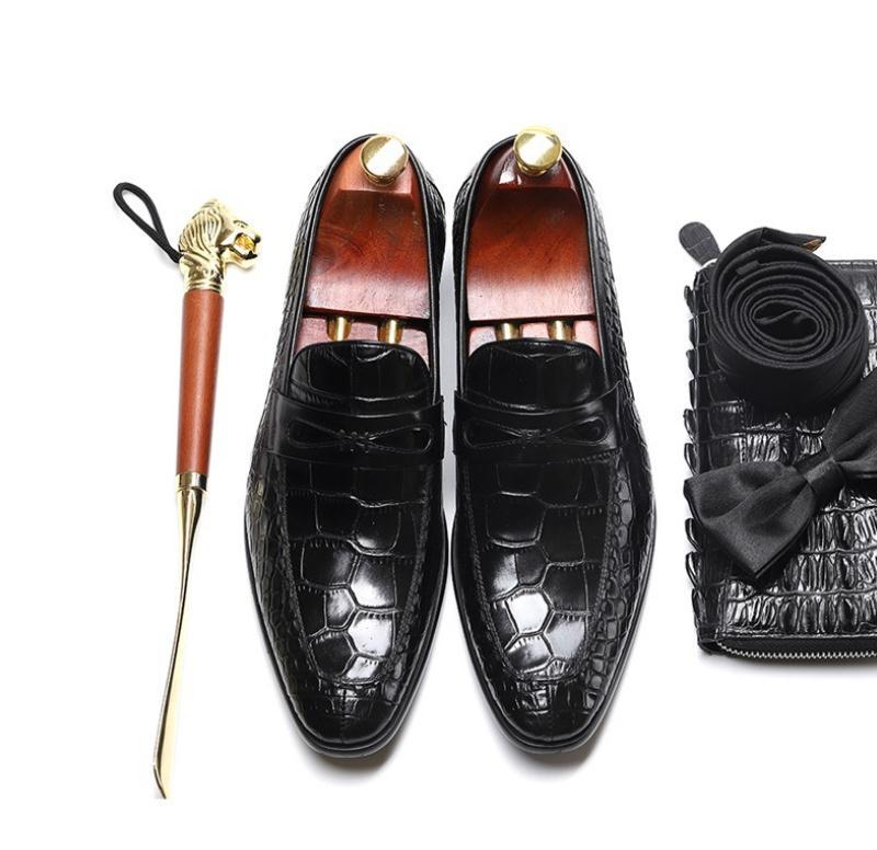 Vestido Noiva Casuais Quente Deslizamento Loafer De Homens Couro Luxo Formal Sapatas Designer coffee Relevo Black Moda Em Negócios Sapatos Venda Vaca CzUTw