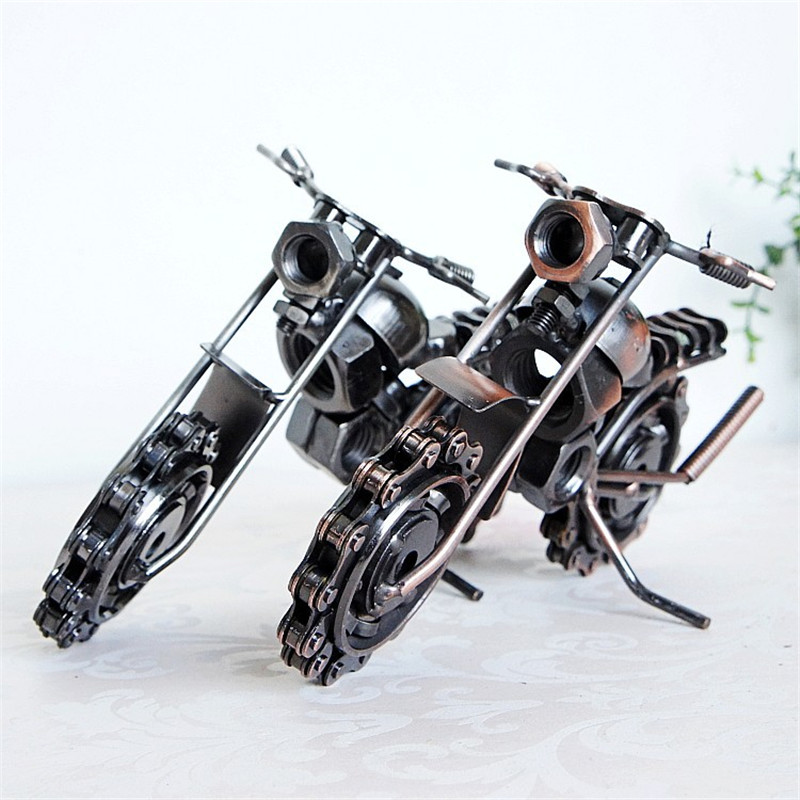 The new car model motorcycle long chain iron craft ornaments and optional M5C