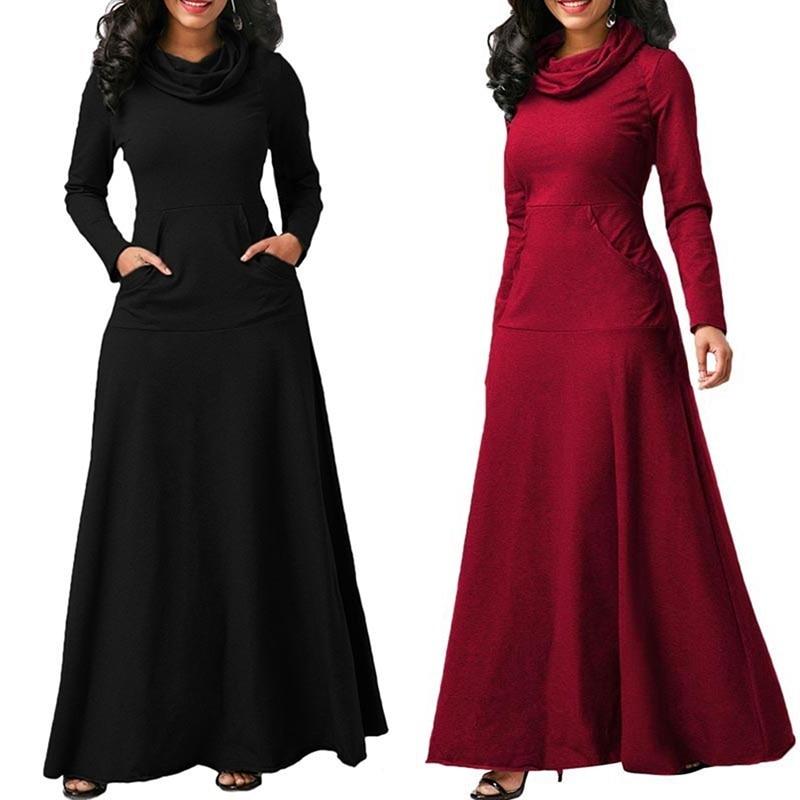 Robe en laine grande taille avec col roulé noir et rouge